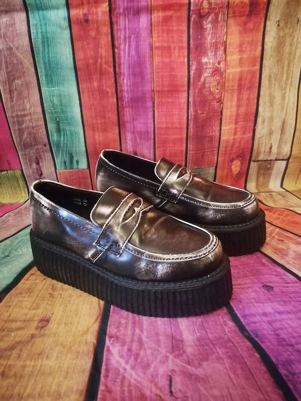 distressed look creepers